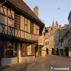 Arcades de Louhans - Photo P. Jesserand